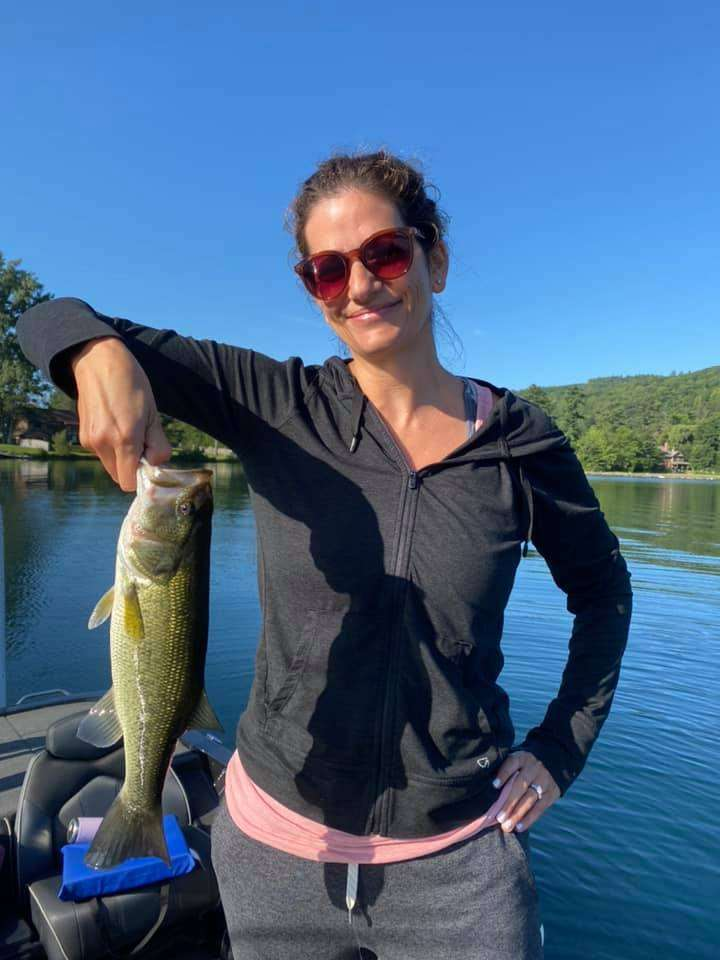 Daughters Catch Huge Bass Fish in VT 5